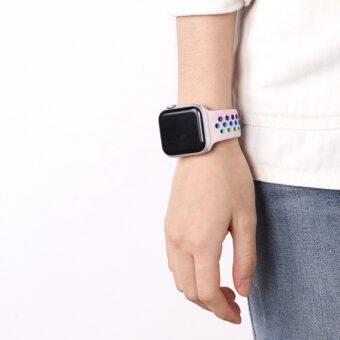 Regnbue sportsreim med hull for Apple Watch 42/44mm